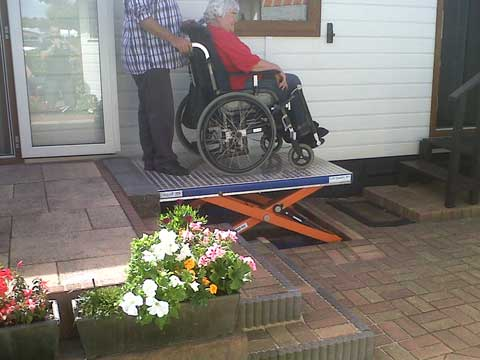EdmoLift TCL1000 Lift for disabled people